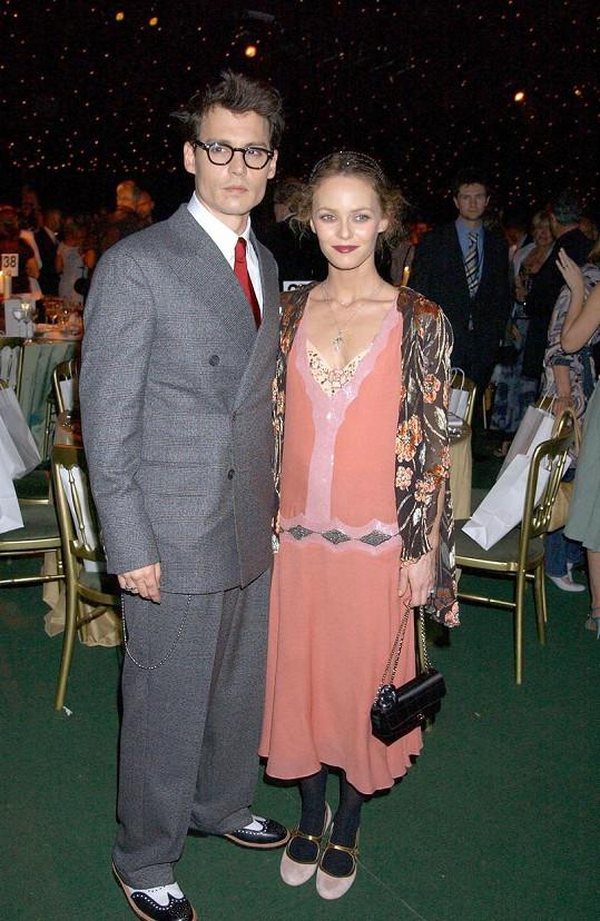 Johnny Depp a Vanessa Paradis spolu byli 14 let a z lásky zplodili dvě děti.