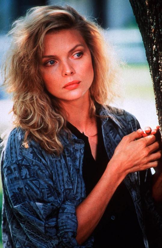 Michelle Pfeiffer ve filmu Čarodějky z Eastwicku (1987)
