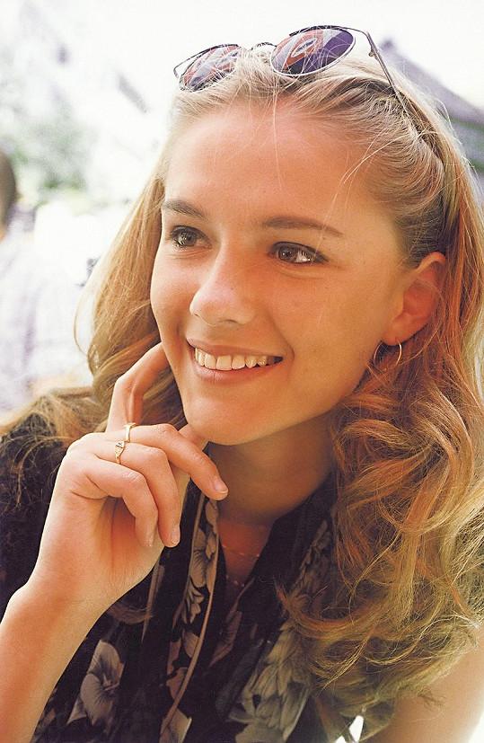 Na svých půvabech nic neztratila. Snímek je z roku 2001.