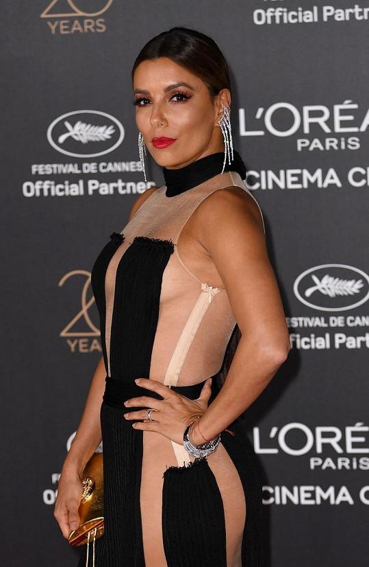 Eva Longoria v Cannes 2017