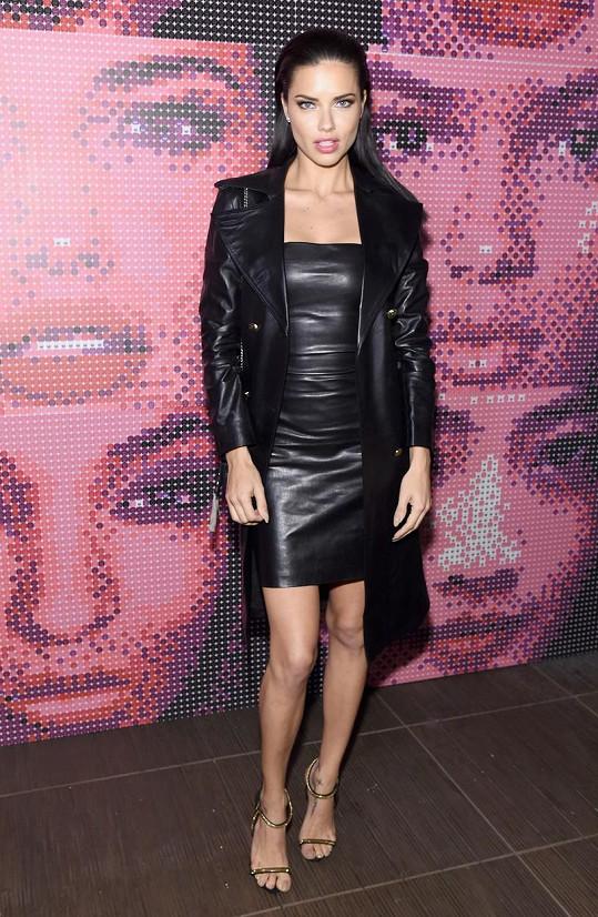 Adriana Lima na módní show v New Yorku