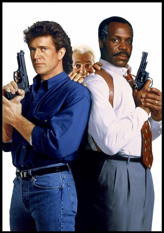 Danny Glover s Melem Gibsonem a Joem Pescim ve Smrtonosné zbrani