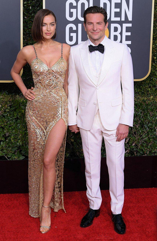 Bradley Cooper vyvedl na Glóby partnerku Irinu Shayk.