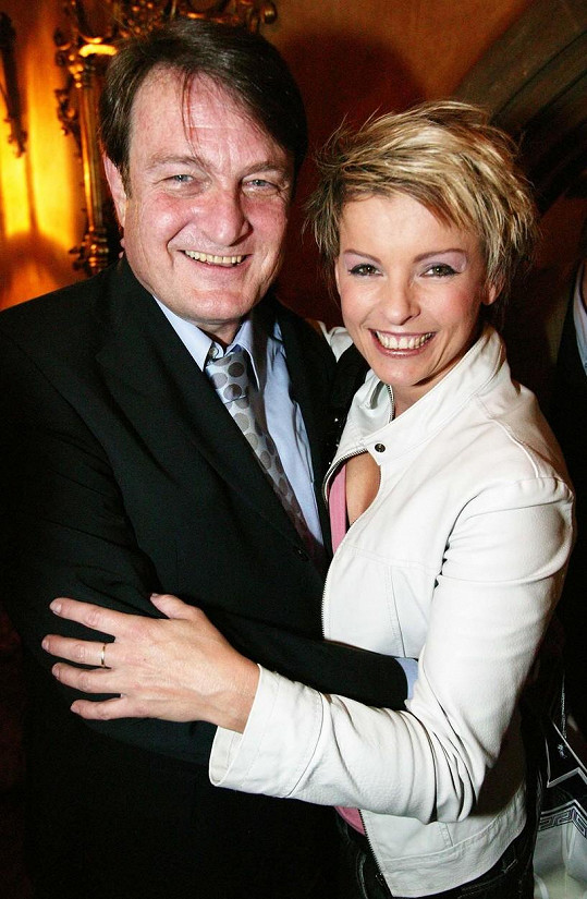 Iveta Bartošová a Ladislav Štaidl se do sebe zamilovali v roce 1986.
