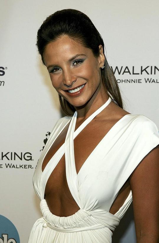 Herečka se potýkala s rakovinou prsu, podlehla ale později rakovině jater.