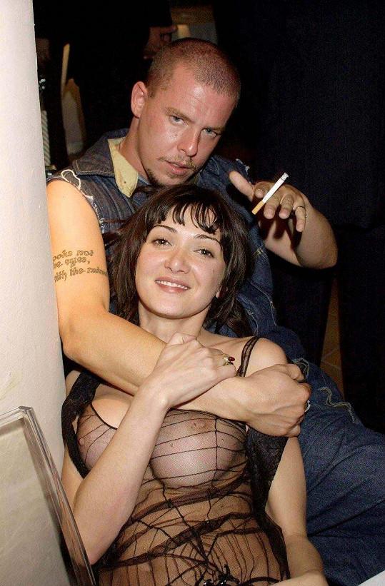 S návrhářem Alexanderem McQueenem milovali večírky.