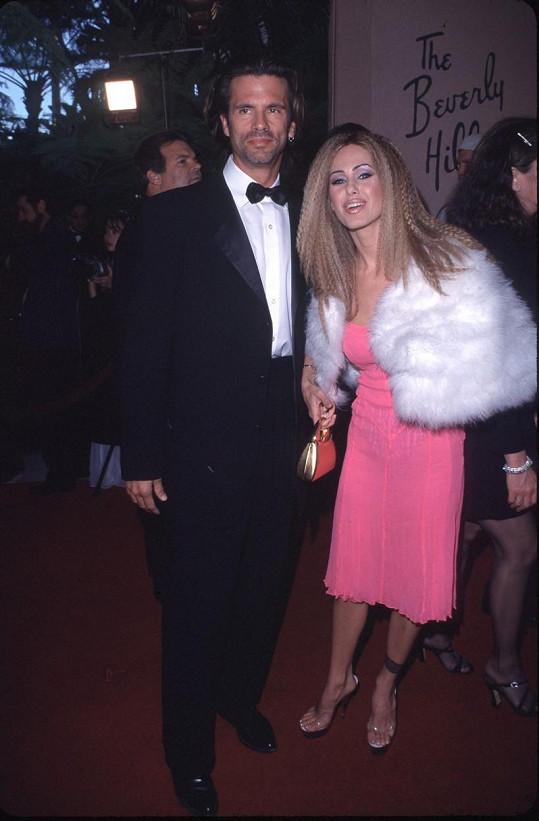S prvním manželem Lorenzem Lamasem
