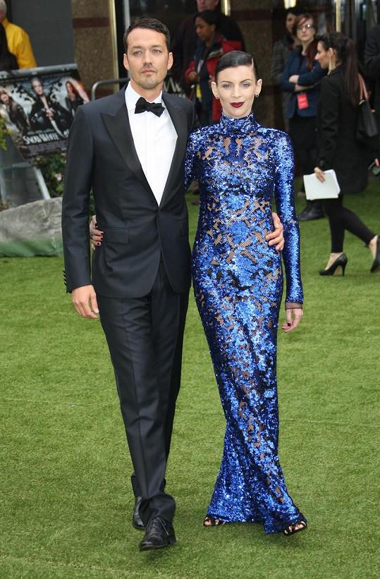 S předešlým manželem Rupertem Sandersem se rozvedla po jeho avantýře s Kristen Stewart po deseti letech.