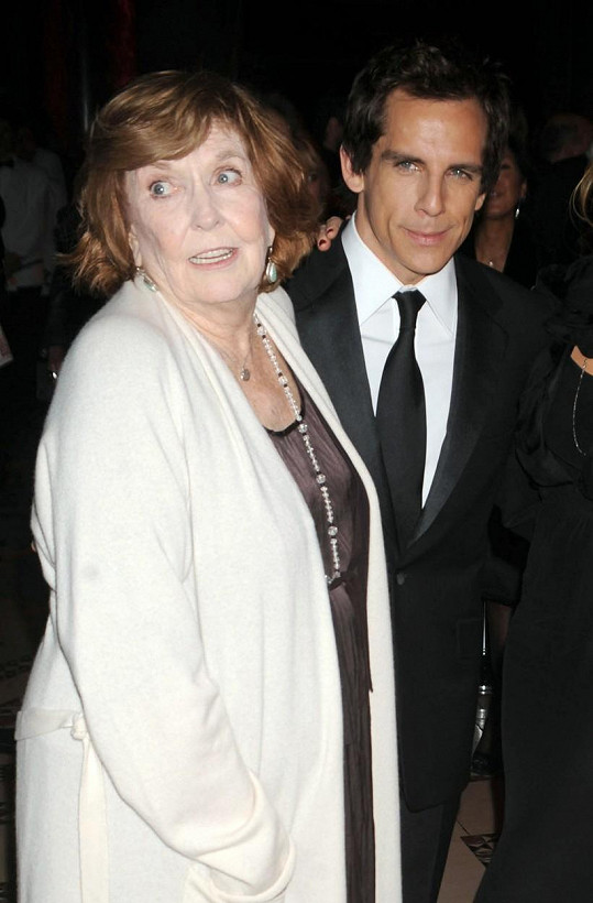 Anne Meara se synem Benem, který se vydal v jejích stopách.