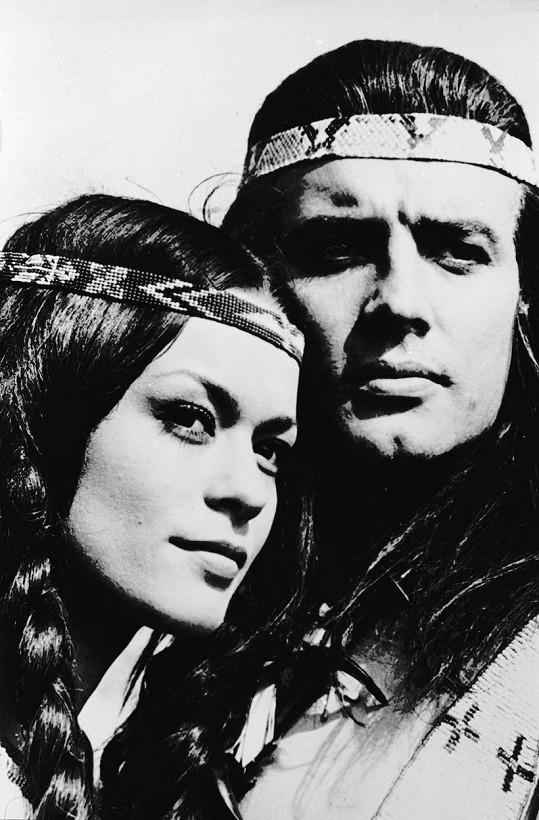 Marie Versini a Pierre Brice ve filmu Vinnetou (1963)