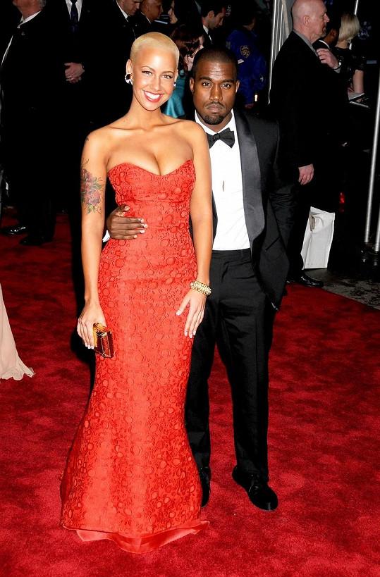 V době, kdy chodila s Kanyem Westem, byla Amber o poznání štíhlejší.