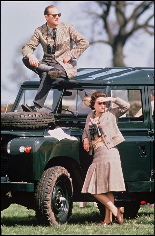 Takhle vůz využíval princ Philip s královnou Alžbětou v roce 1968.