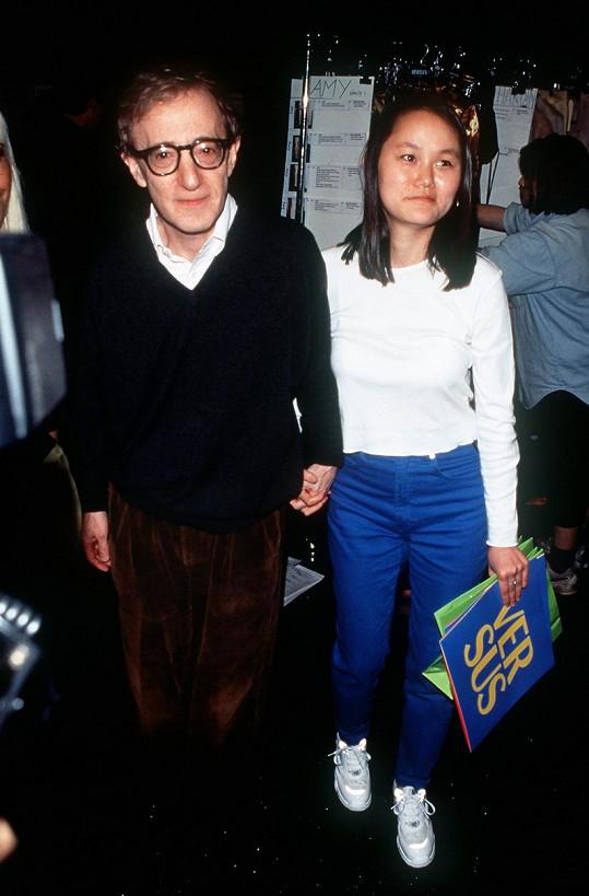 Woody Allen se Soon-Yi Previn v roce 1996