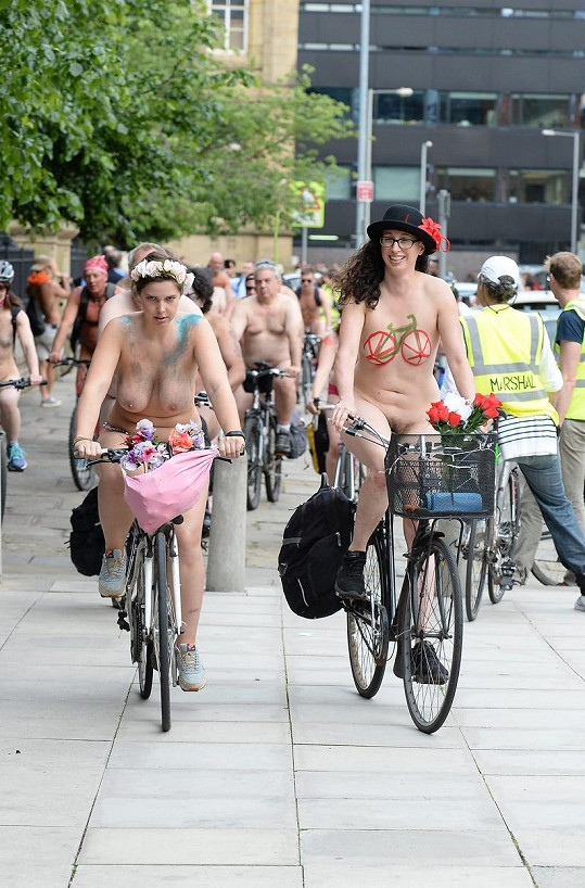 Naháči na kolech o sobě dají vědět každoročně ve více než 70 městech světa.