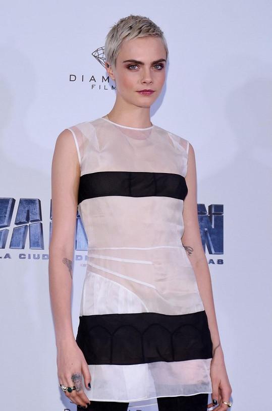 Britská modelka a herečka Cara Delevingne