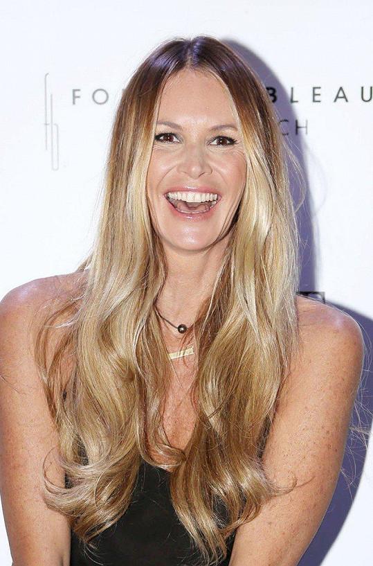 Nachytala se i slavná australská modelka Elle Macpherson.