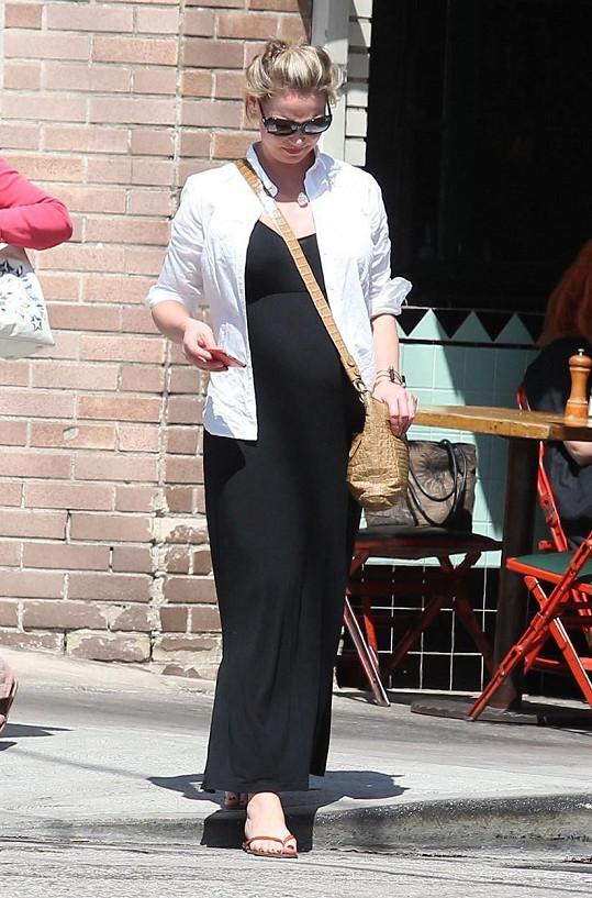 Katherine Heigl si užívá první těhotenství.
