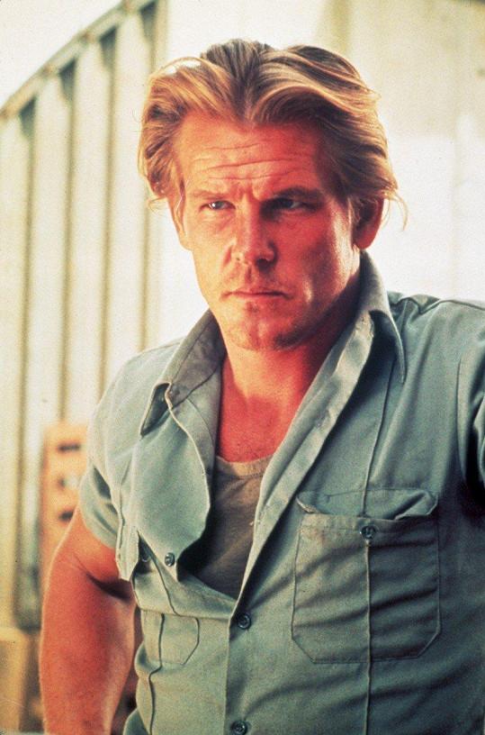V roce 1992 herce magazín People vyhlásil nejvíc sexy mužem světa.