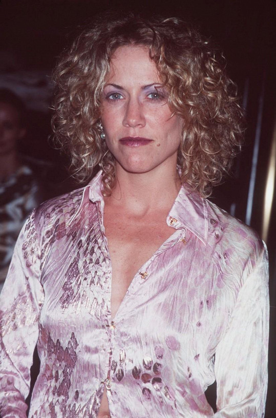 Takhle zpěvačka vypadala před 15 lety.