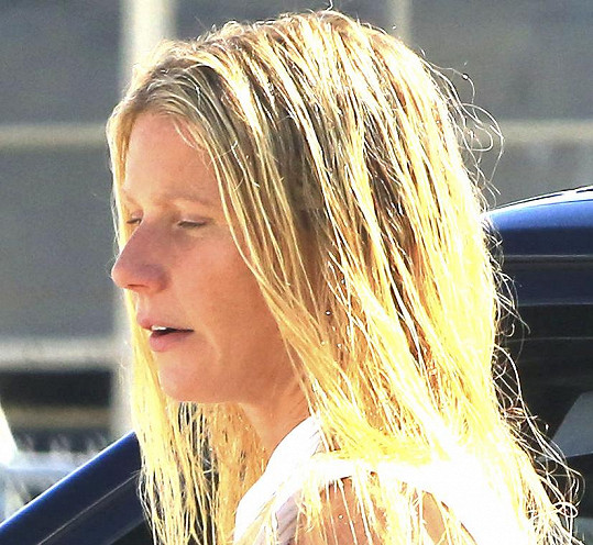 Gwyneth Paltrow míří do vlasového studia...