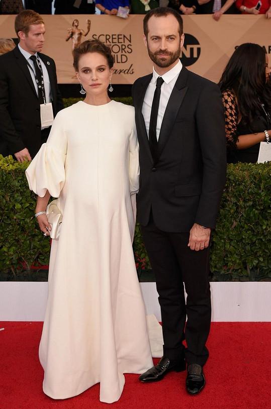 Natalie Portman a Benjamin Millepied se těší z narození dcerky.
