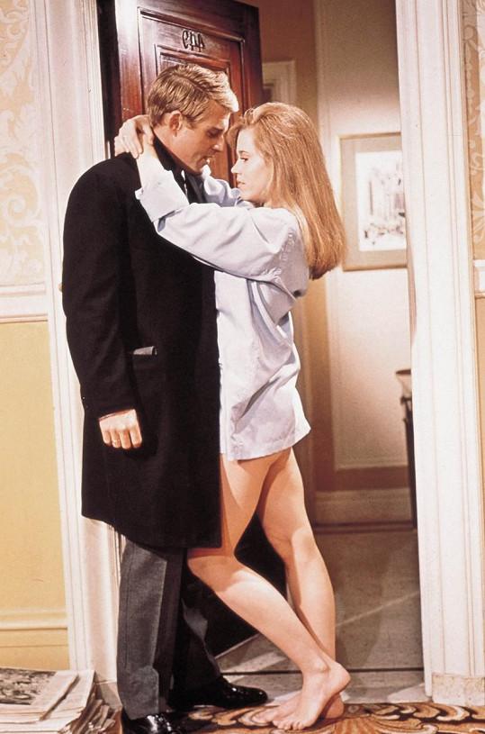 Fonda a Robert Redford ve filmu Bosé nohy v parku (1967)
