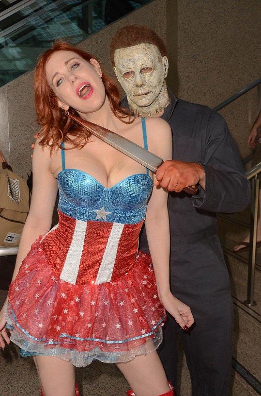 Tady ještě divočela jen v kostýmu.