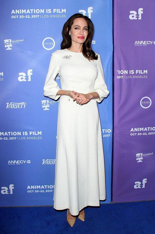 Angelina Jolie na premiéře filmu The Breadwinner, který produkovala.