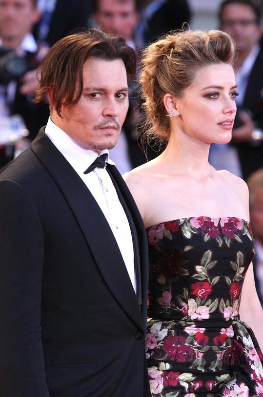 Z rozvodu s Amber Heard vyšel Depp ještě překvapivě lacino...