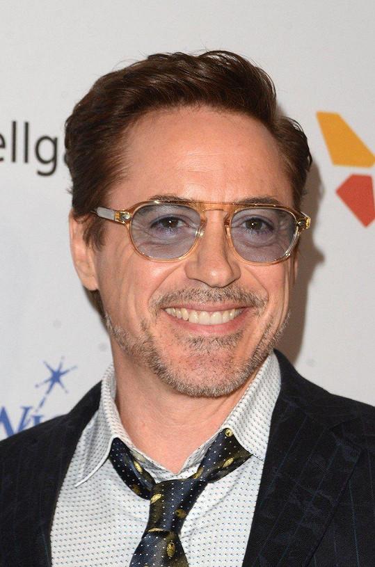 Robert Downey Jr. pil alkohol už jako dítě.