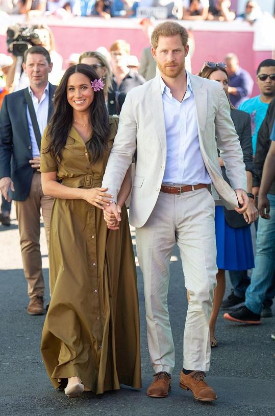 Cesty Harryho a Meghan se teď na pár dní rozdělí, sejdou se zase příští týden v Johannesburgu, kde jejich cesta skončí.