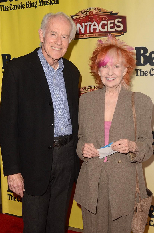 Mike Farrell se svou druhou manželkou Shelley Fabares