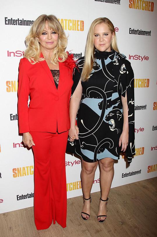 Amy Schumer a Goldie Hawn na předpremiéře filmu Dámská jízda