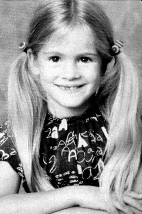 Dítě z herecké rodiny po slávě netoužilo. Malá Julie tehdy měla představu, že až vyroste, bude veterinářkou.