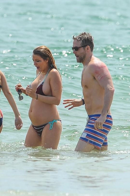 Blake Lively je podruhé těhotná.