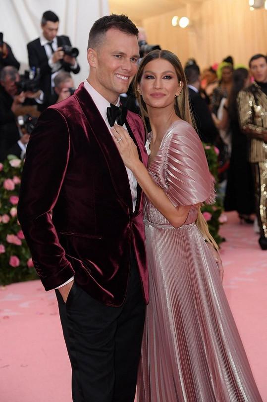 Gisele je už deset let šťastně provdaná za Toma Bradyho.