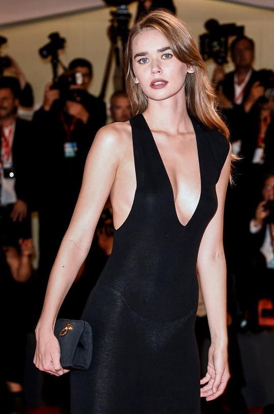 Gabriella je úspěšnou modelkou.