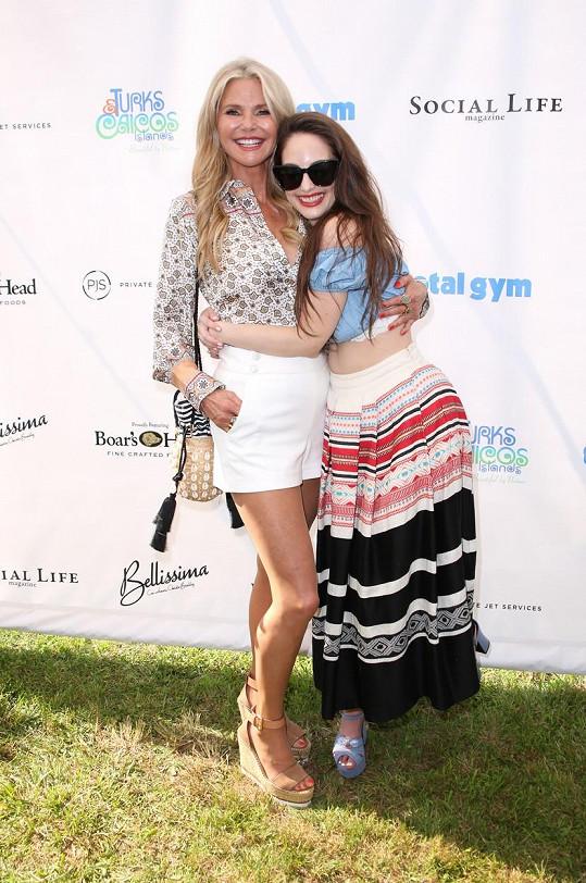 Alexa Ray Joel je dcerou modelky Christie Brinkley.