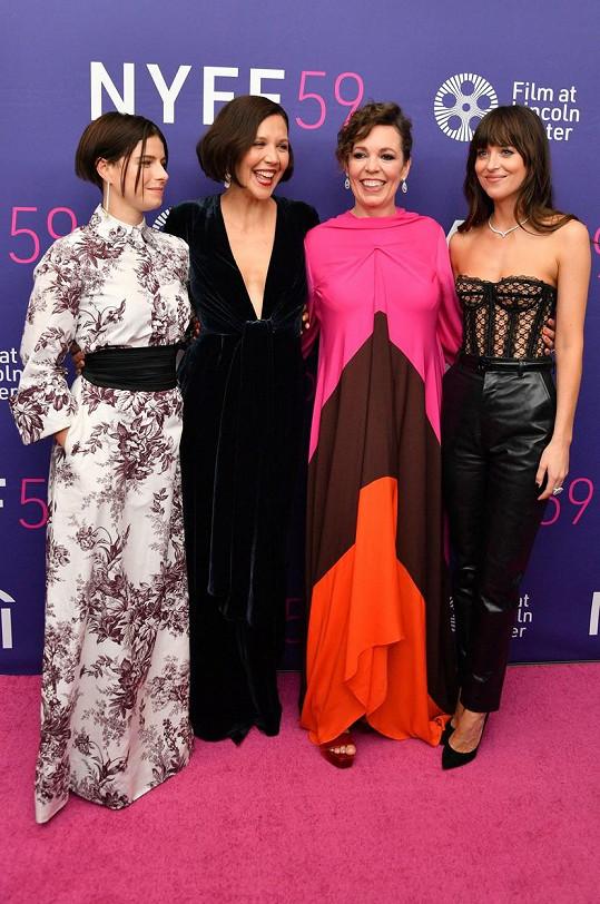 Jessie Buckley, Maggie Gyllenhaal, Olivia Colman a Dakota Johnson na filmovém festivalu v New Yorku