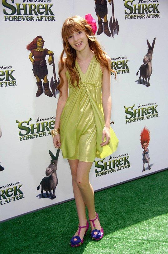 Bella Thorne už není žádná nevinná holčička.