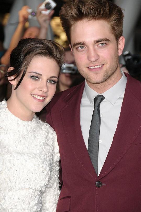 Hojně propíraný byl i její vztah s Robertem Pattinsonem.