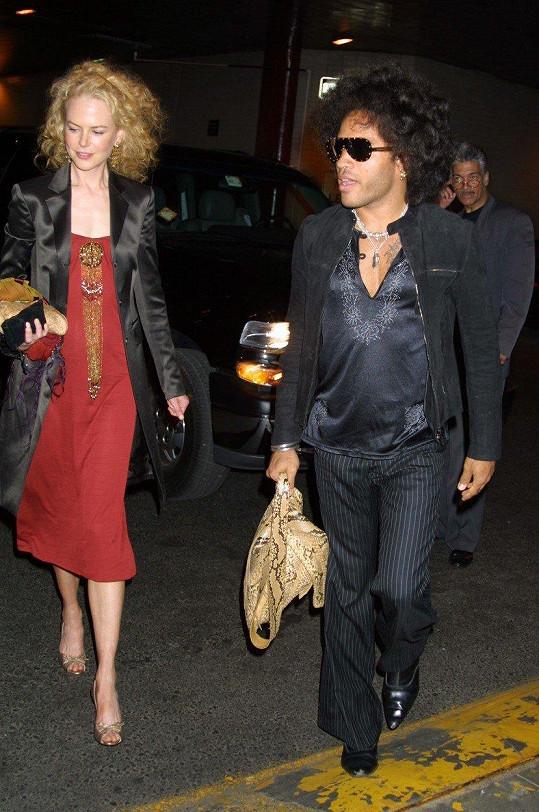 O Nicole Kidman a Lennym Kravitzovi do loňska nikdo nevěděl, že byli zasnoubeni.