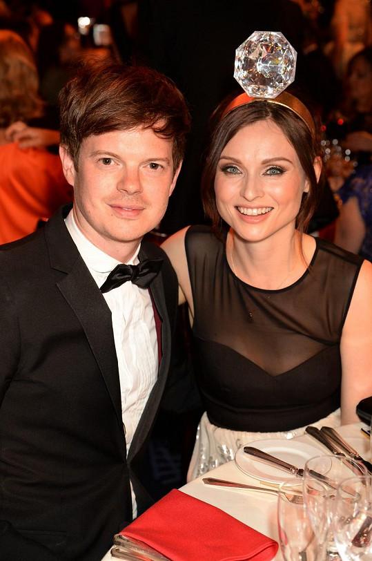 S manželem Richardem Jonesem
