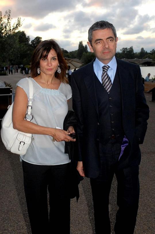 Rowan Atkinson se rozvedl s manželkou Sunetrou