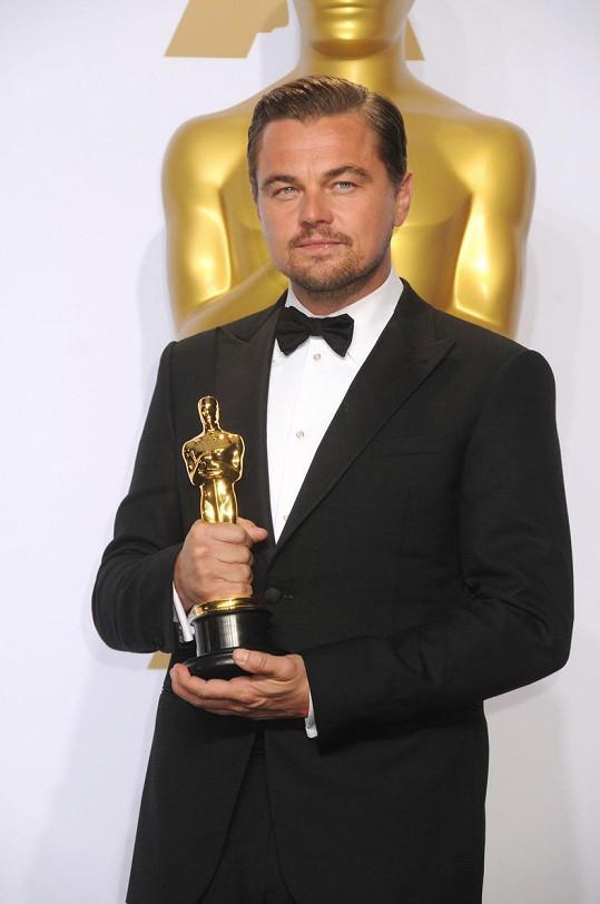 Díky filmu Revenant Zmrtvýchvstání se DiCaprio dočkal Oscara.
