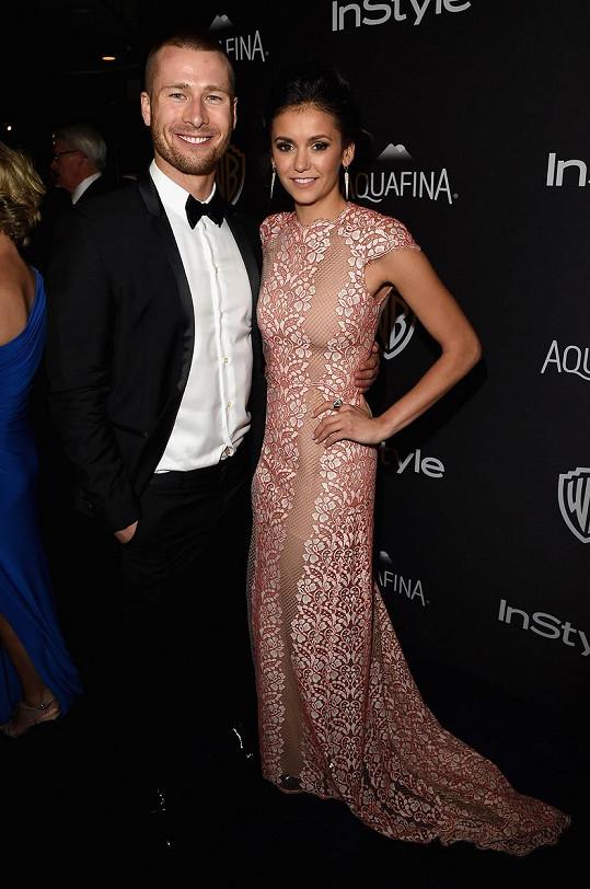 V minulosti randila s hercem Glenem Powellem.