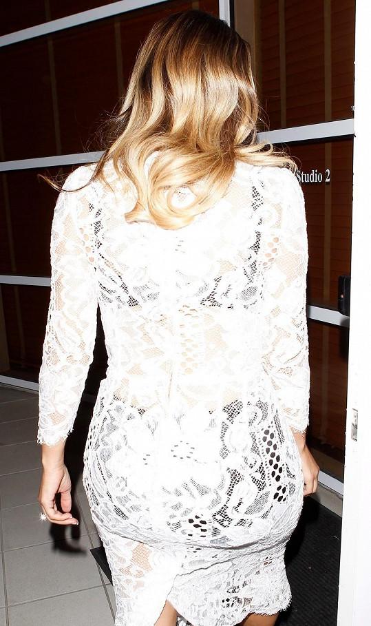 Kim Kardashian je ženská, jak má být.