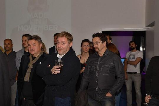 Těžkej Pokondr na párty k zahájení akce Movember