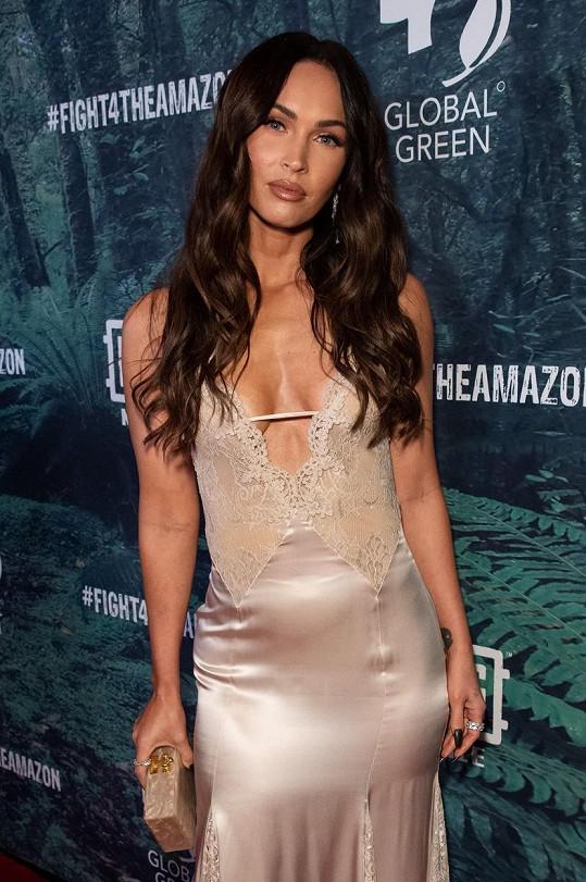 Megan Fox úspěšně skrývala své třetí těhotenství.
