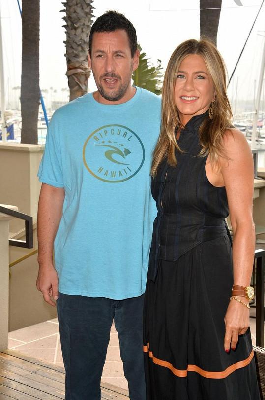 Dvakrát se jeho partnerkou ve filmu stala i Jennifer Aniston. Hráli spolu ve filmu Zkus mě rozesmát a Vražda na jachtě.